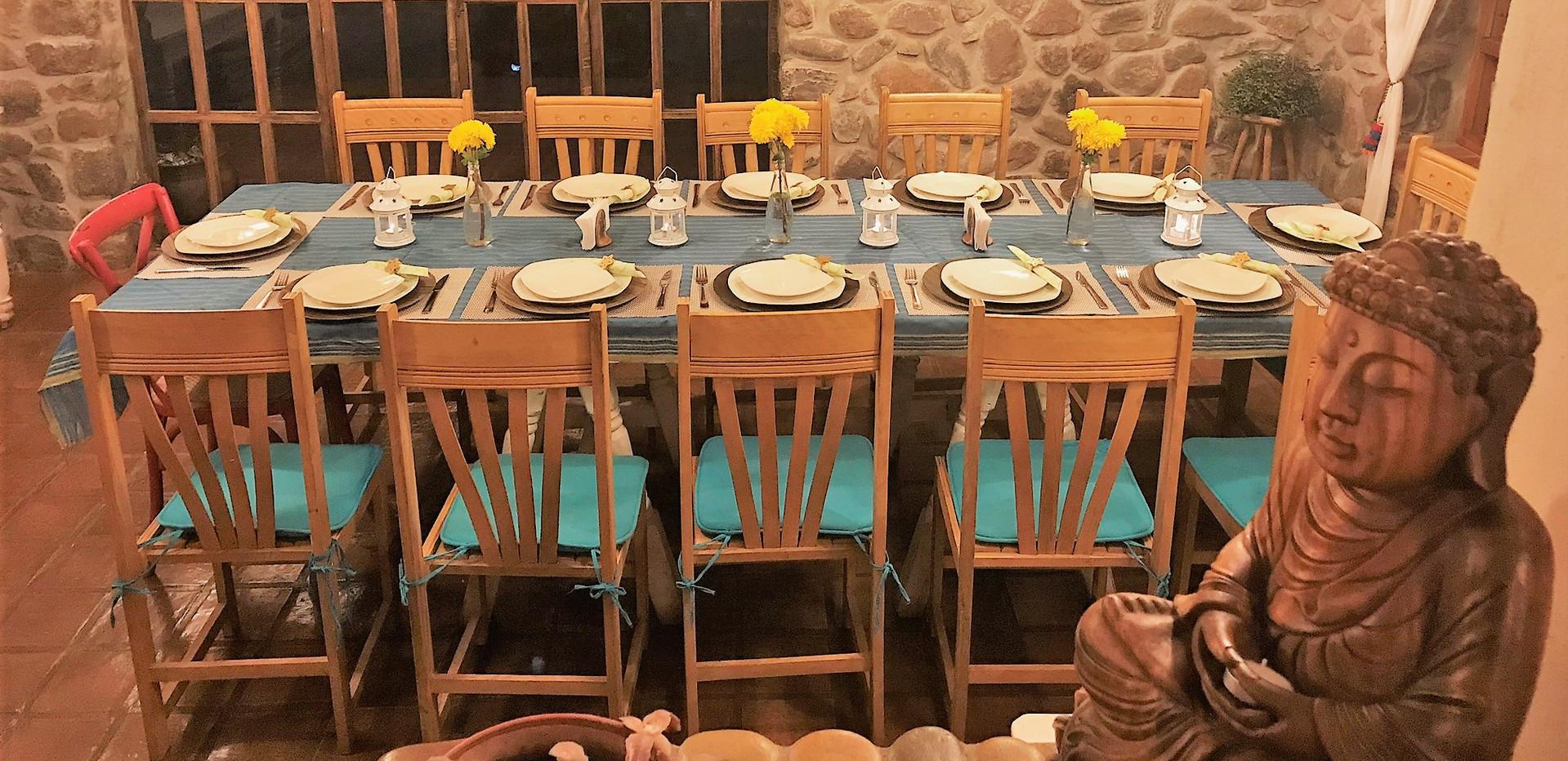 i.dinningroom2.jpg