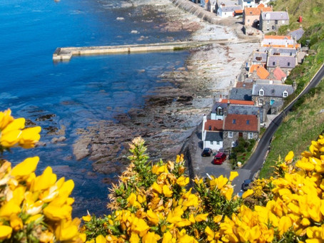 Crovie, Aberdeenshire - Village on the Waves