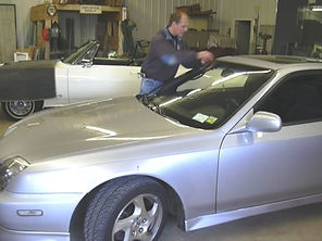 windshield replacement in Monroe County