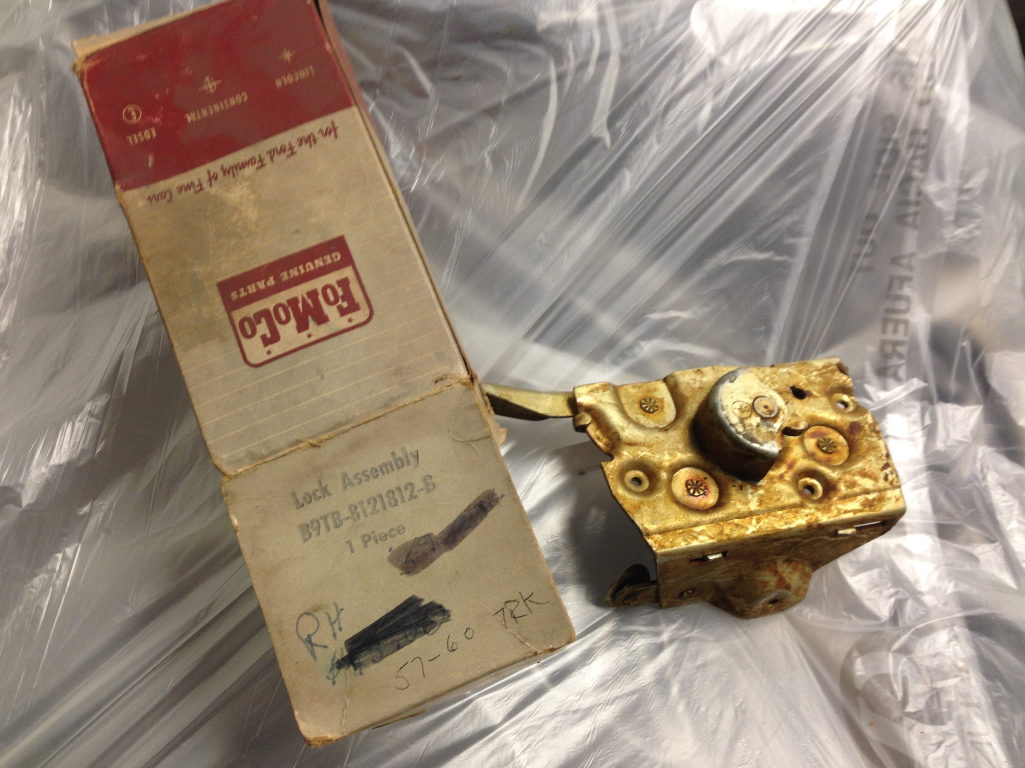 1957-60 Ford F100 Pickup Door Lock Assembly, NOS