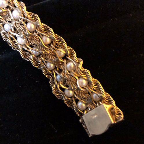 """6.5"""" 14K Gold Bracelet with Pearls"""