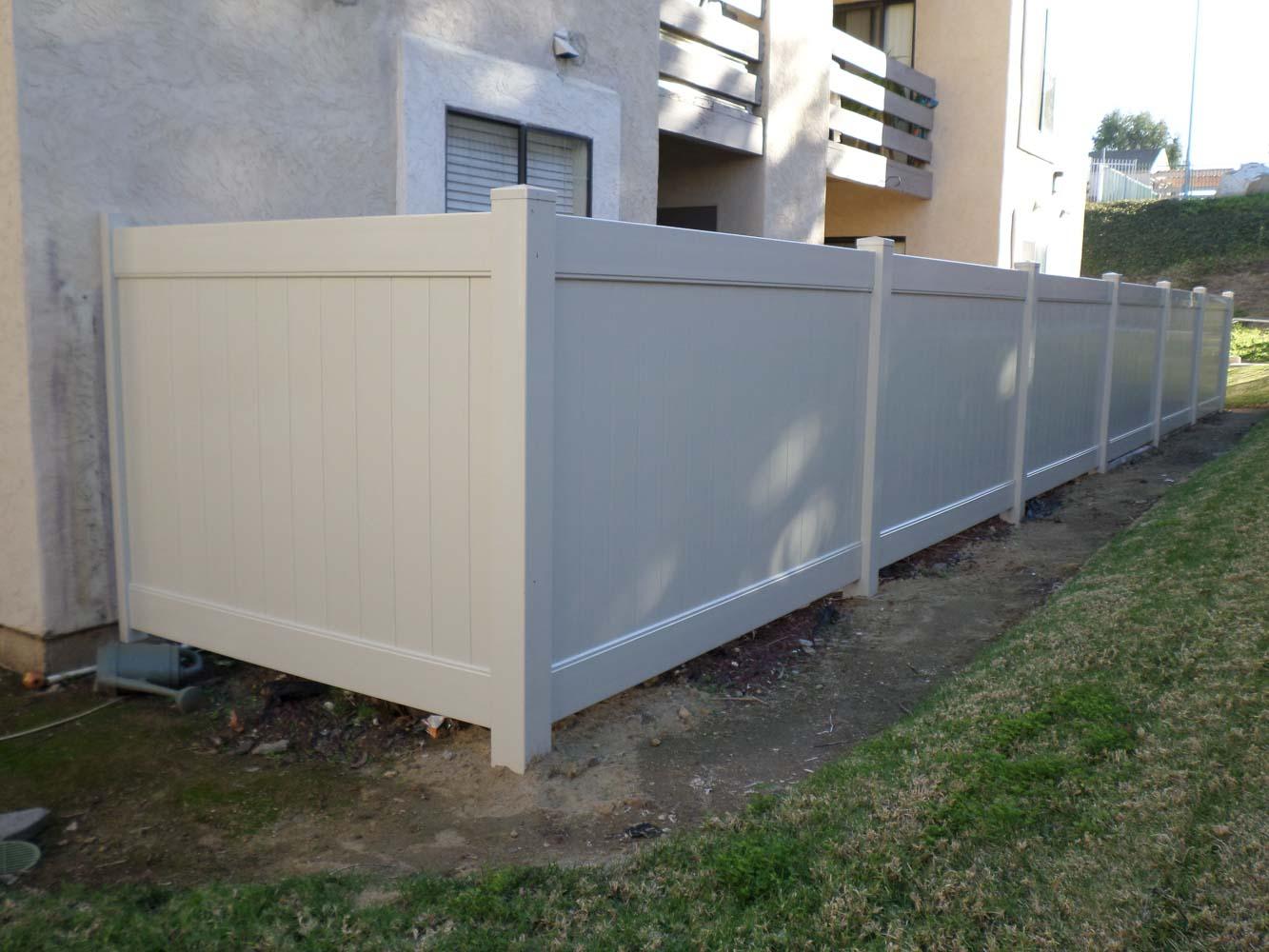 vinyl-fence-san-diego-19