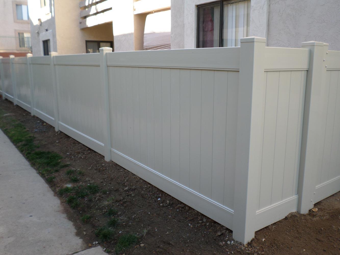 vinyl-fence-san-diego-10