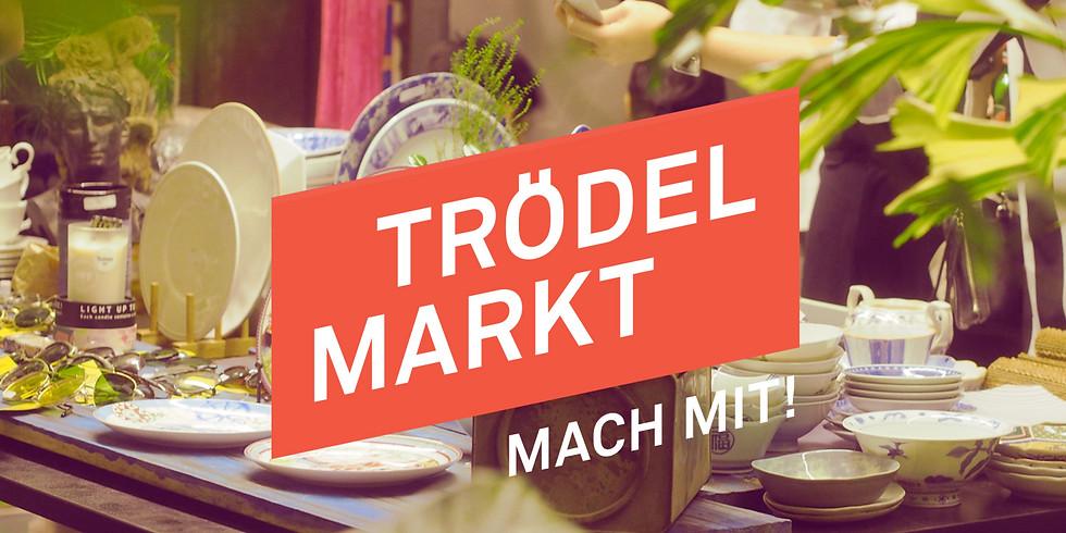 Café International und Trödelmarkt