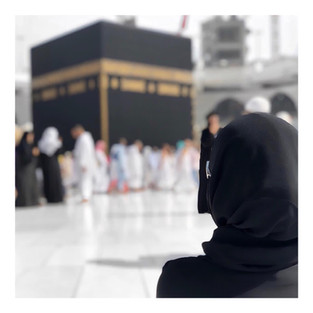 MA PREMIERE OMRA [ PARTIE 1 : LA RENCONTRE ] • MY FIRST UMRAH [PART 1 : THE MEETING]