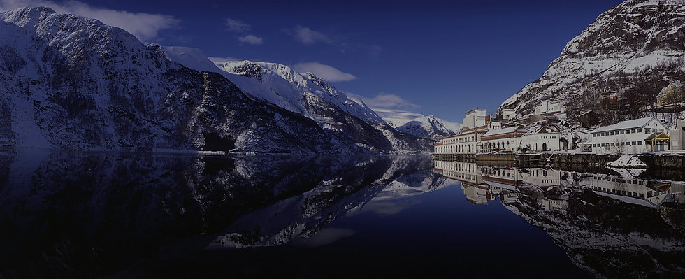 Tysso1-fjord-panorma-vinter-2-HH-overlay