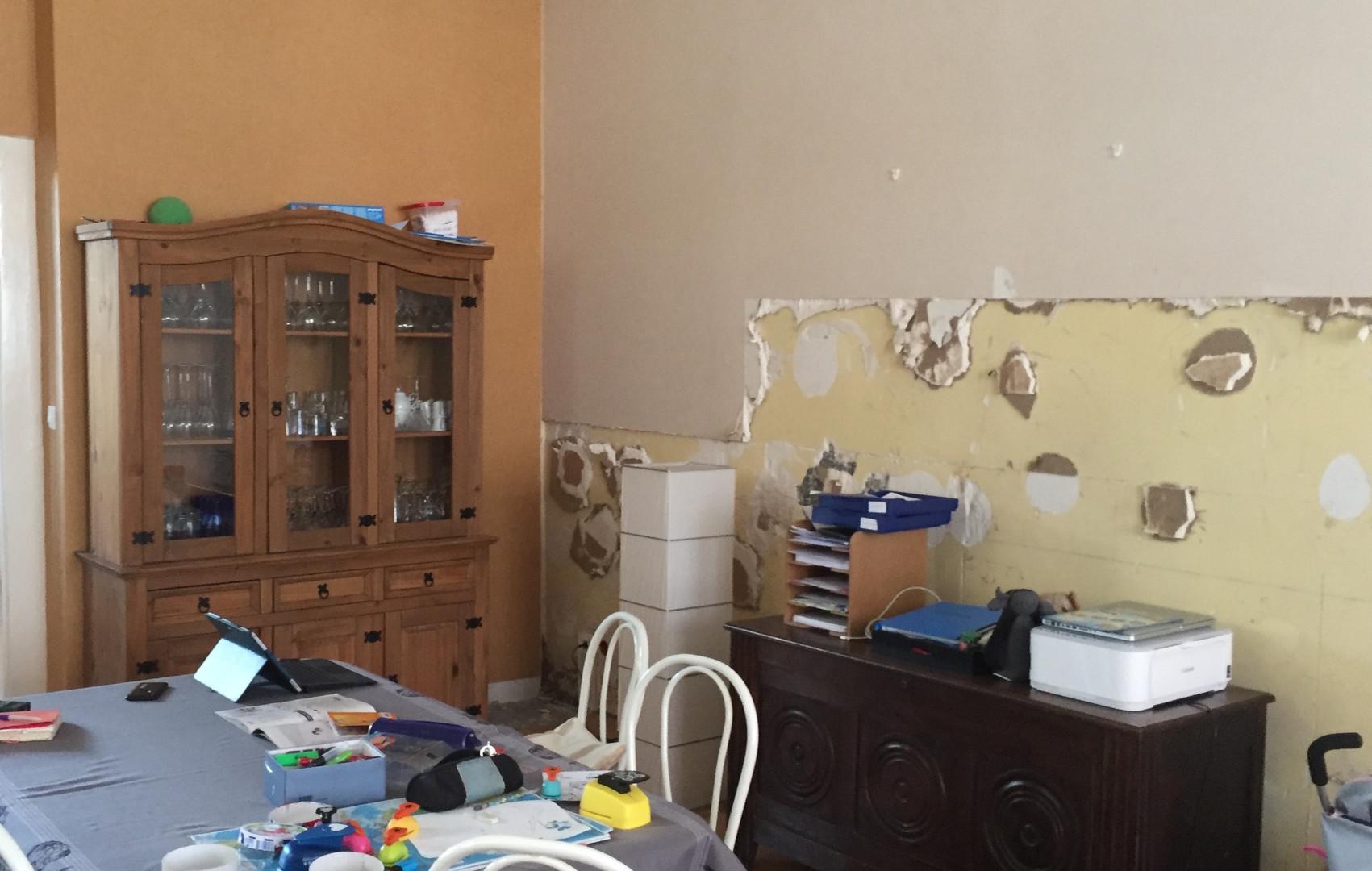 salle à manger et vaisselier avant