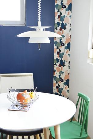 Mix and Match dans la cuisine ! Suspension design, couleurs et motifs, une cuisine qui donne la pêche !