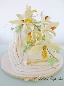 Wedding Cake - Orchids Flowers
