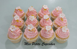 Wedding Pink Cupcakes and White Gold