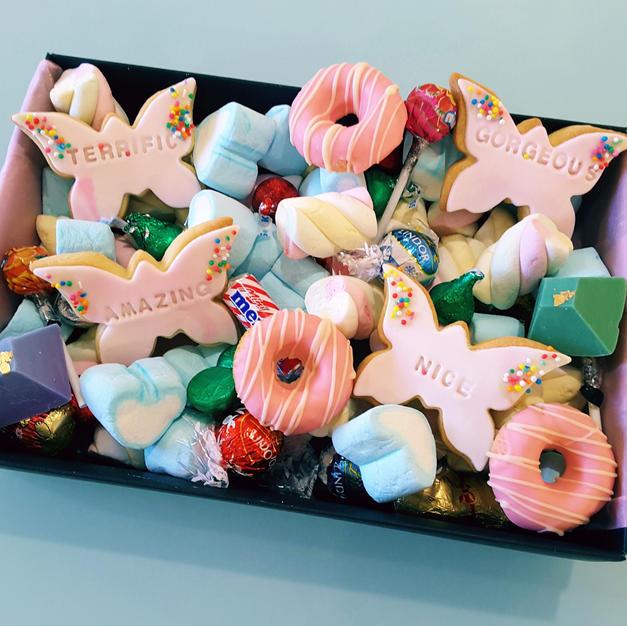 Cookies Dessert Gift Box - Butterfly Com