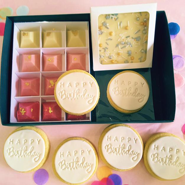 Gift Box - Happy Birthday White Cookies