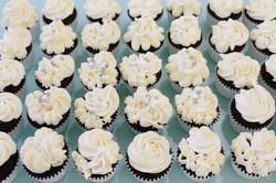 Cupcakes - Floral White