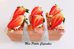 Dessert Cup - Chocolate Mousse with Stra