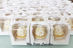 Cupcake - Wedding Favours Bonbonniere in Box and Ribbon 2