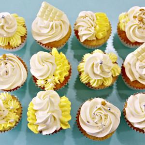 Cupcakes Floral - Yellow White