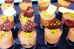 Dessert Cup - Chocolate Mousse with Mini Chocolate Bars Gold