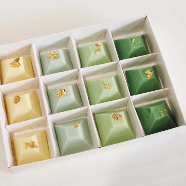 Chocolate Pyramid - Emerald.JPG
