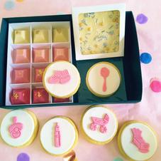 Gift Box - Baby Items Girl Pink.jpg