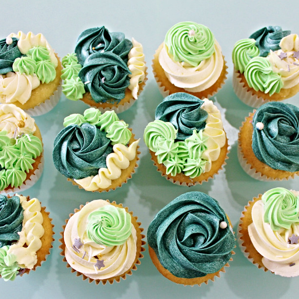 Floral Cupcakes - Emeraud Green