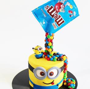 Birthday Cake - Minions with Falling M&M