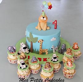 Jungle Safari Giraffe Birthday Cake
