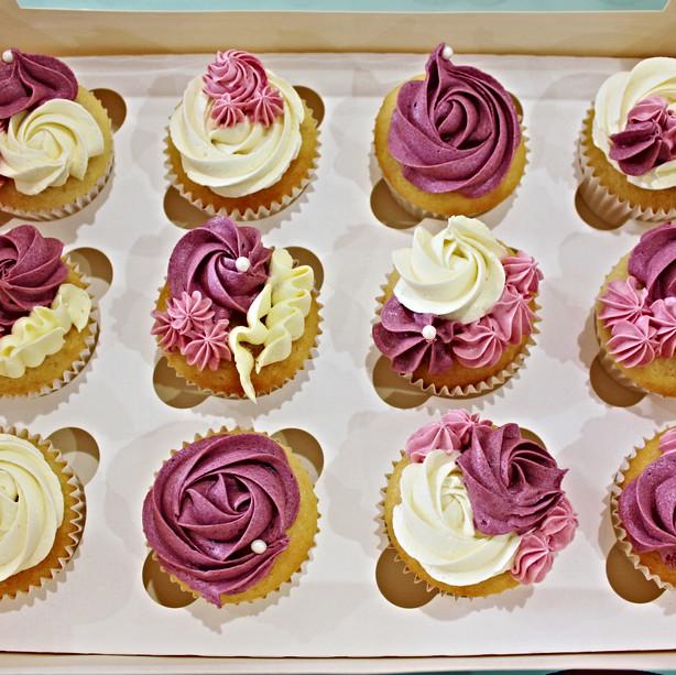 Floral Cupcakes - Burgundy Pink