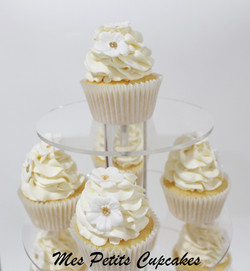 Cupcake - Wedding Cupcake Tower with White and Gold Flowers 1