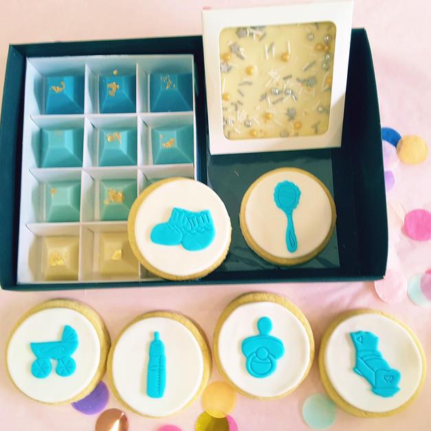 Gift Box - Baby Items Boy Blue.jpg