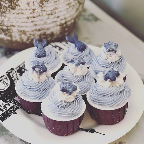 Cupcake Bath bomb with Bubble frosting Lavender