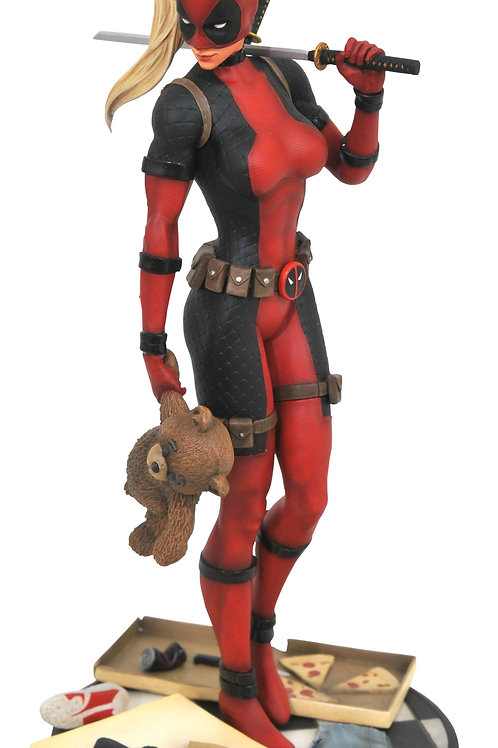 MARVEL PREMIER LADY DEADPOOL STATUE (C: 1-1-2) DIAMOND SELECT TOYS LLC A Diamond