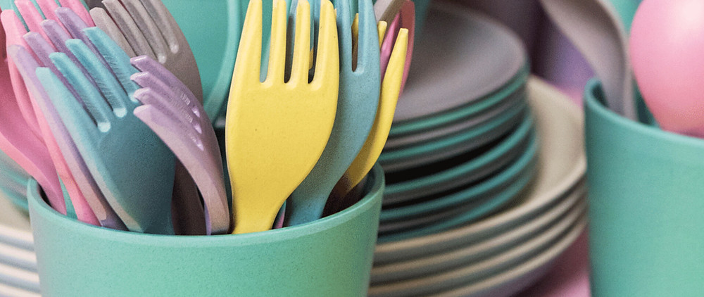reusable dishes and cutlery