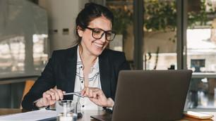 How to Celebrate Employee Work Anniversaries