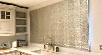 kitchen blinds.jpg