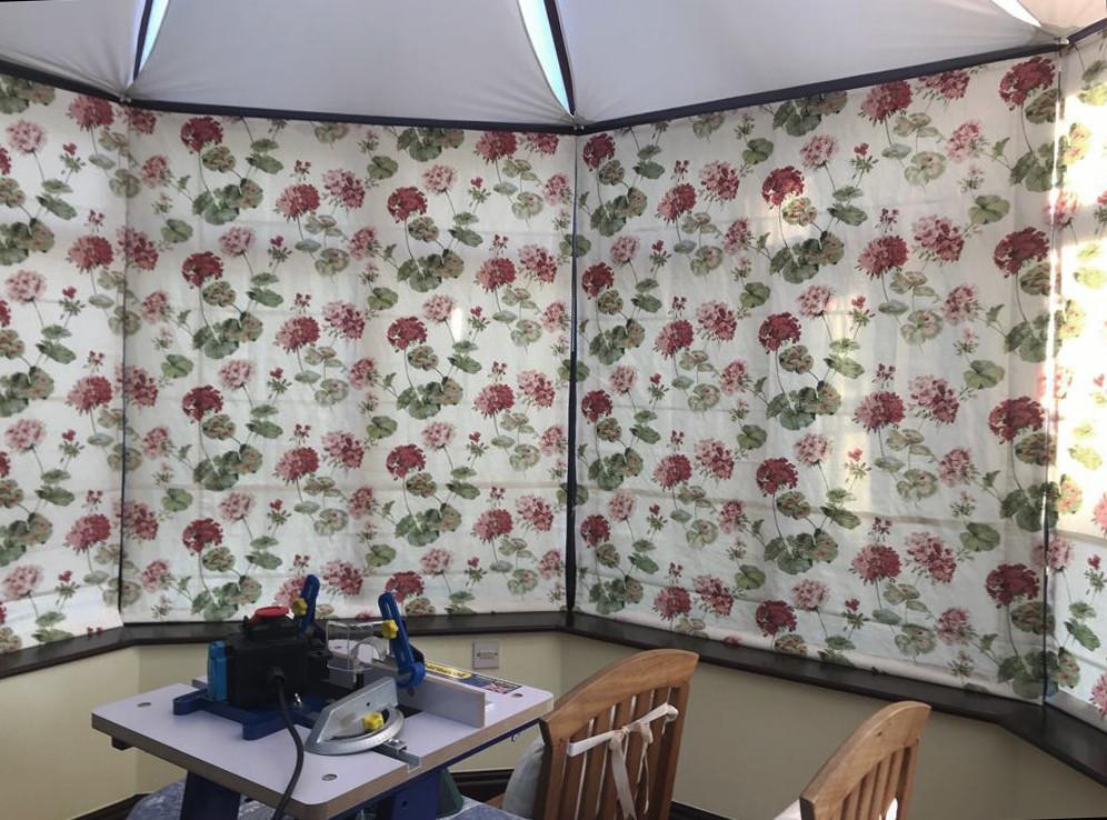 9 blind conservatory.jpg