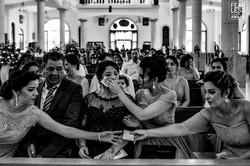Wedding ceremony fearless photographer