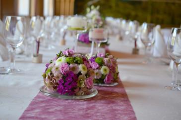 Tischdeko lila Kugel