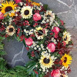Trauerkranz Sonnenblumen von oben
