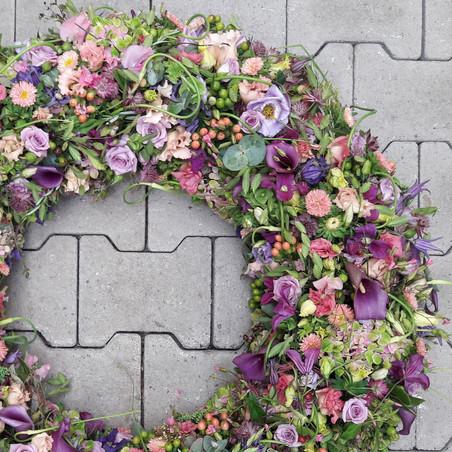 Trauerkranz lila