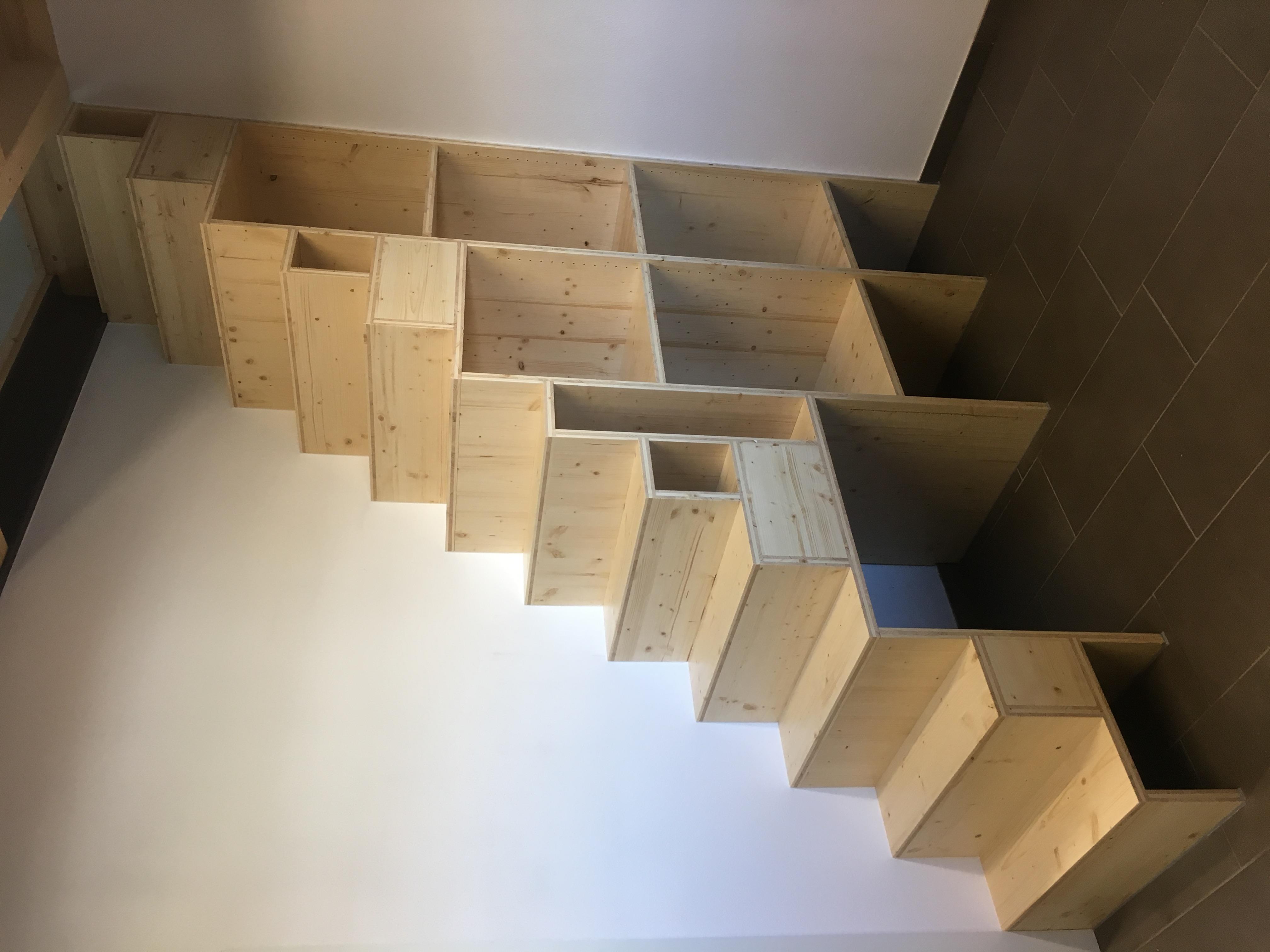 Escalier en panneaux 3 plis sapin