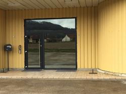 Porte d'entrée d'atelier