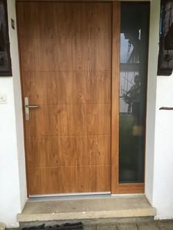 Porte d'entrée après remplacement