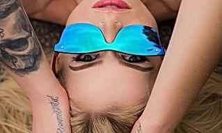 Martzi Wooden Sunglasses Model2