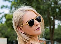 Martzi Wooden Sunglasses Blonde model