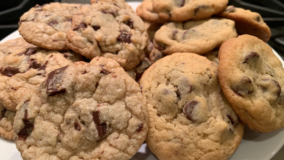 The Battle of the Historical Chocolate Chip Cookie