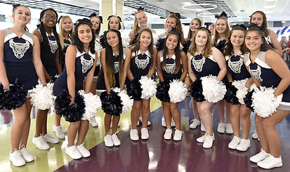 cheerleaders group.jpg