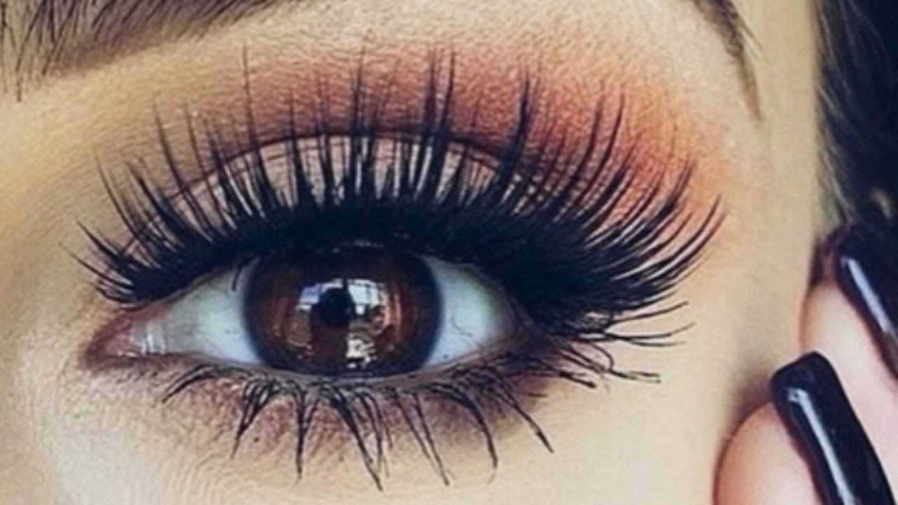 Eyelash Extensions with Marcela 239-322-0706