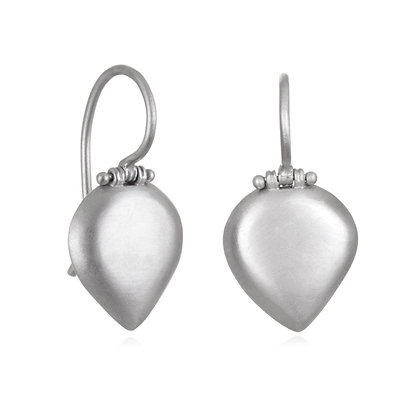 Matte Platinum Pear Shaped Chiclet Earring