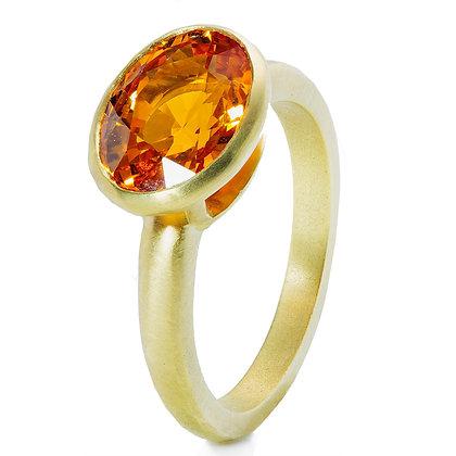 18K Gold Oval Mandarin 'Spessartite' Garnet Ring