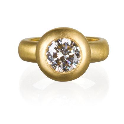 Round Diamond Dome Ring